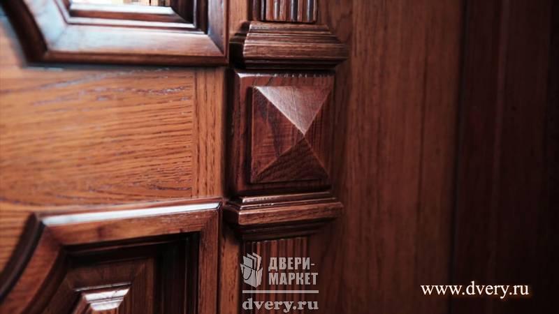 элитные входные двери с отделкой дуба